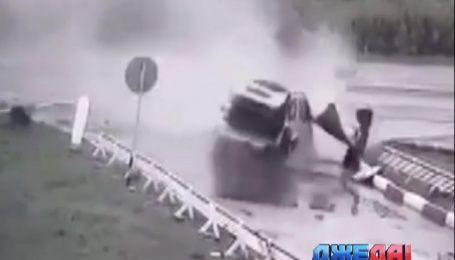 Подборка потрясающих аварий из мировых дорог