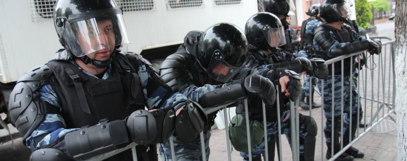 В Крыму российские ОМОНовцы жестоко избили сына крымскотатарского активиста