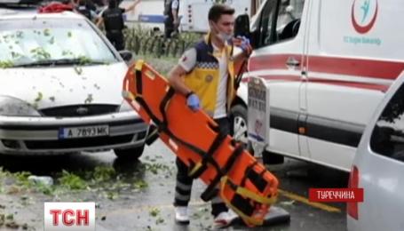 В центре Стамбула сдетонировала бомба