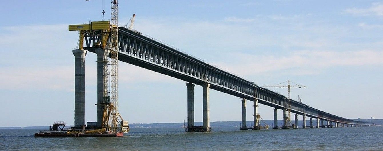 Замовник відхрещується від зв'язку між будівництвом Керченського мосту та затонулим краном біля Ялти