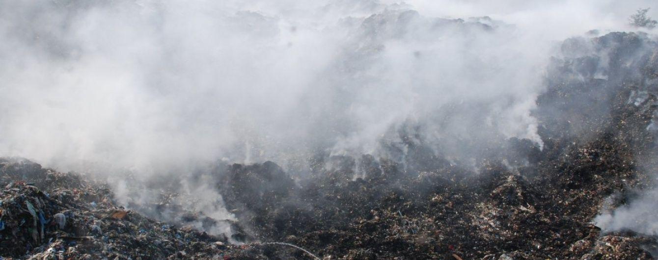 Пожежу на Грибовицькому сміттєзвалищі під Львовом повністю ліквідували