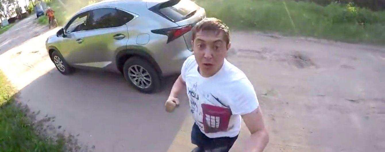 Танцює брейк і говорить, як Медведєв. У Росії кандидат в депутати став героєм коубів