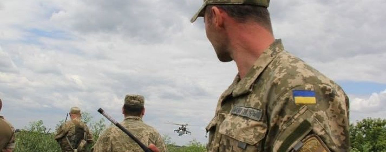 """36 обстрілів за добу: """"найспекотніше"""" в зоні АТО було біля Донецька та Маріуполя"""