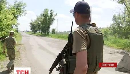 Боевики применили запрещенную Минском оружие под Докучаевском