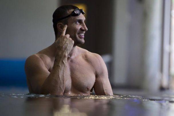 Кличко потішив шанувальників новими світлинами підготовки до реваншу з Ф'юрі