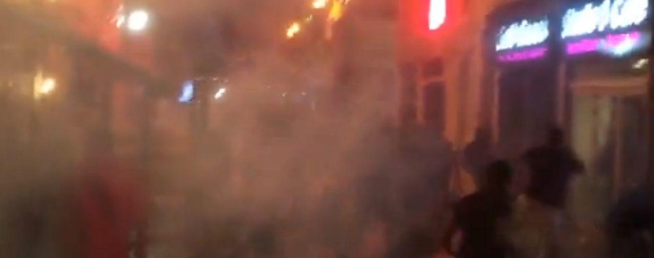 В Мережі з'явилося відео бійки англійських і російських фанатів в Марселі