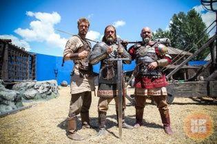 """""""Гра престолів"""" по-українськи: на Троєщині знімають перше вітчизняне фентезі"""