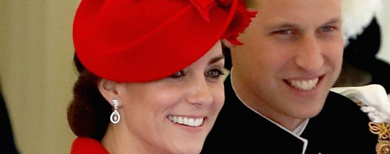 Снова повторилась: герцогиня Кейт пришла на церемонию в наряде пятилетней давности