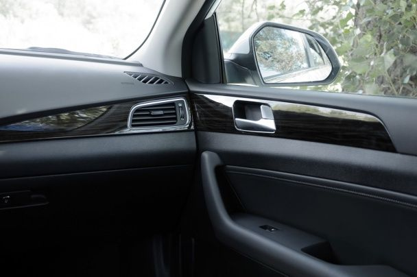 Hyundai Sonata: Fluidic Sculpture 2.0