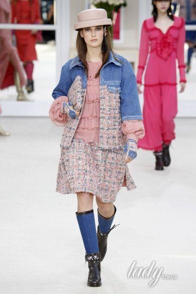 Коллекция Chanel прет-а-порте сезона осень-зима 2016-2017_12