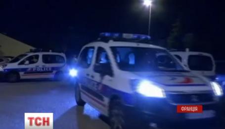 Во Франции задержали троих подозреваемых в теракте