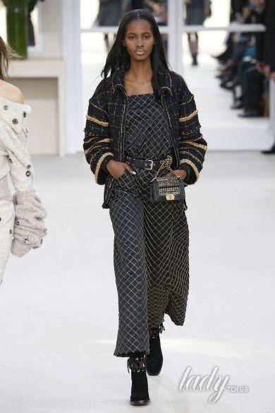 Коллекция Chanel прет-а-порте сезона осень-зима 2016-2017_35