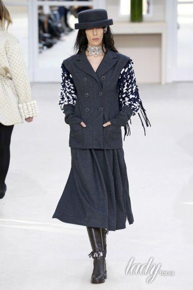 Коллекция Chanel прет-а-порте сезона осень-зима 2016-2017_42