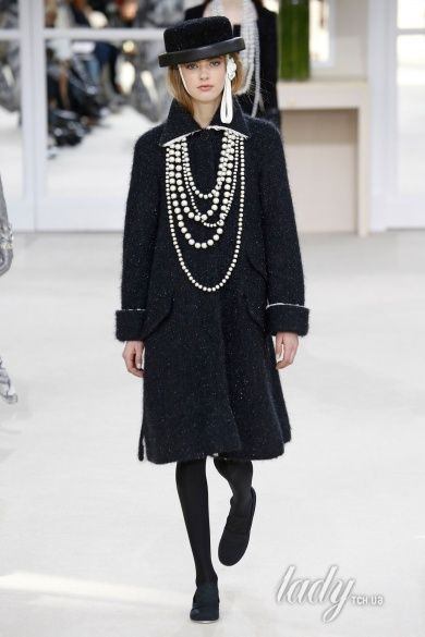 Коллекция Chanel прет-а-порте сезона осень-зима 2016-2017_51