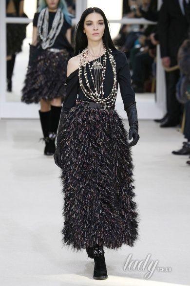 Коллекция Chanel прет-а-порте сезона осень-зима 2016-2017_79