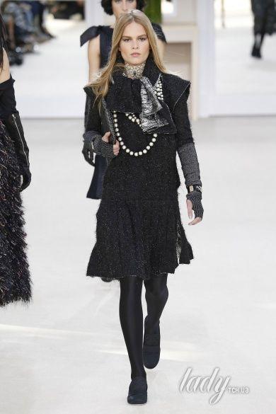 Коллекция Chanel прет-а-порте сезона осень-зима 2016-2017_81
