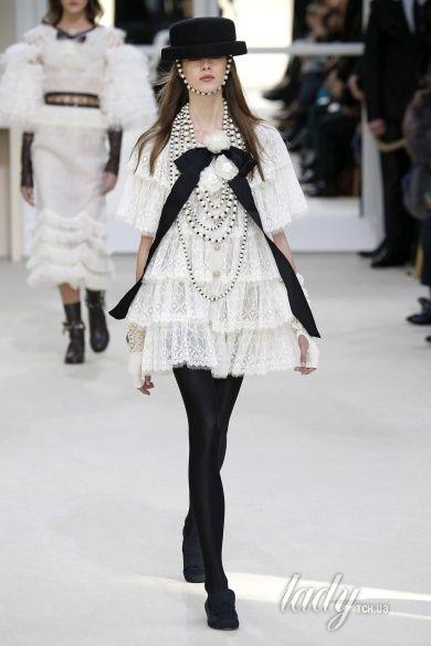 Коллекция Chanel прет-а-порте сезона осень-зима 2016-2017_86