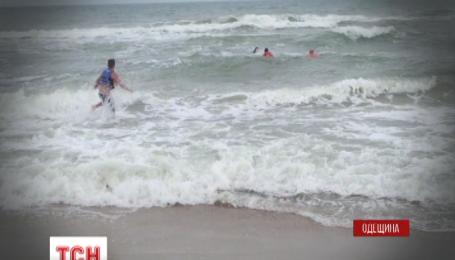 В Затоке в Одесской области во время шторма утонули четыре человека