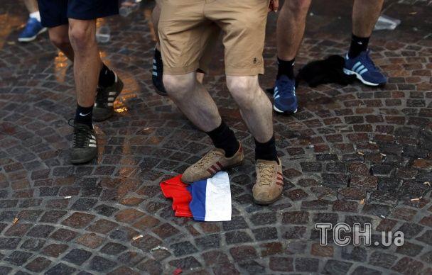 Бійки на Євро-2016 на вщухають: у Ліллі заарештували двох російських фанатів