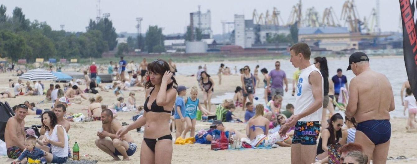 Неділя поливатиме західні області дощами, а на Півдні та Сході буде спекотно