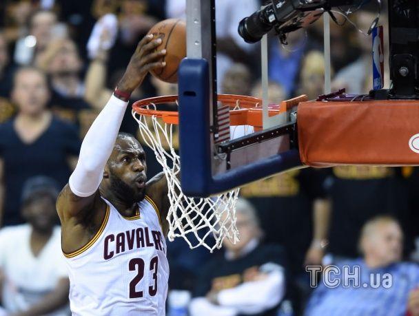 """""""Клівленд"""" зрівняв рахунок у фінальній серії НБА"""