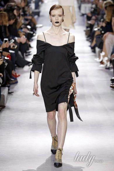 Коллекция Christian Dior  прет-а-порте сезона осень-зима 2016-2017_23