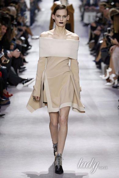Коллекция Christian Dior  прет-а-порте сезона осень-зима 2016-2017_24