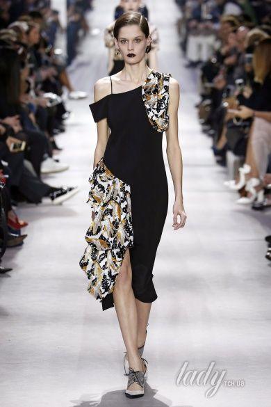 Коллекция Christian Dior  прет-а-порте сезона осень-зима 2016-2017_47