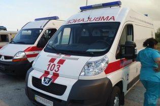 На Вінниччині чоловік на смерть переїхав мікроавтобусом власну однорічну доньку