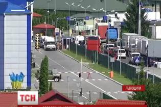 На кордоні з Польщею на вихідних зникли черги авто, що тривали майже тиждень