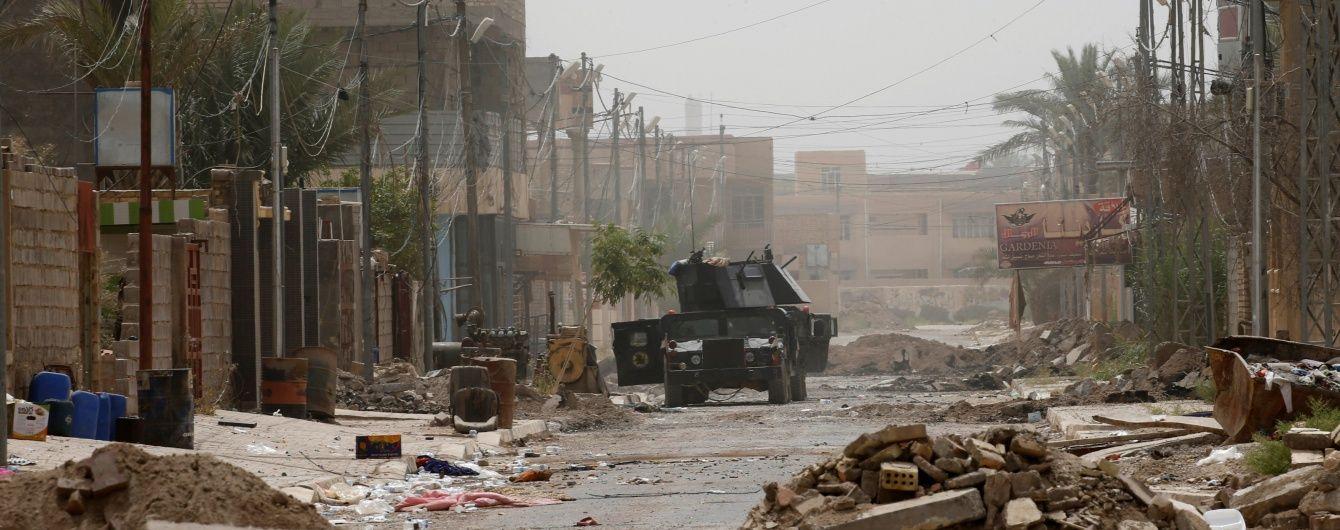 """Іракські війська звільнили 350 осіб із в'язниці """"ІД"""" у Фаллуджі"""