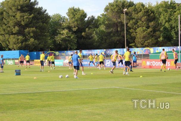 Як збірна України провела тренування перед останньою битвою на Євро-2016