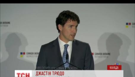 Прем'єр-міністр Канади наступного місяця відвідає Україну