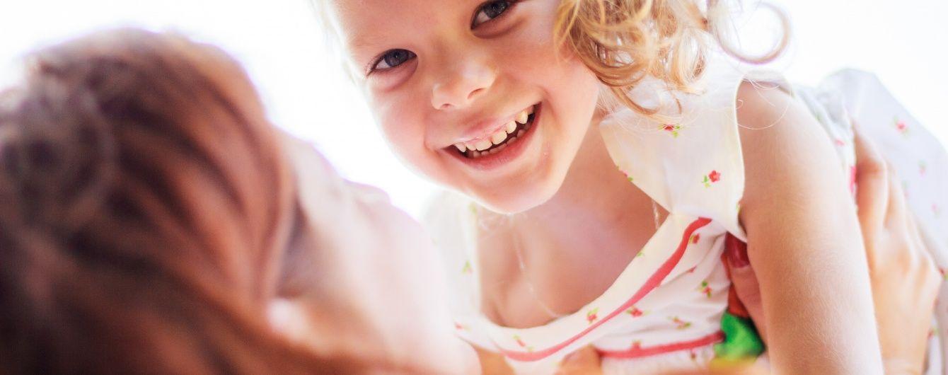 Допоможіть батькам Іванки зібрати кошти на лікування доньки
