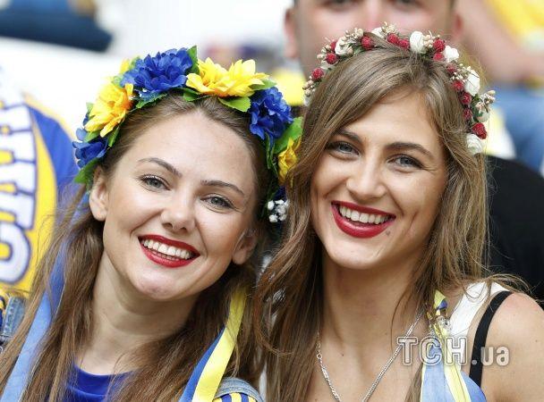 Струнка українка, апетитна полька та шикарна ірландка. Найкращі фанатки Євро-2016