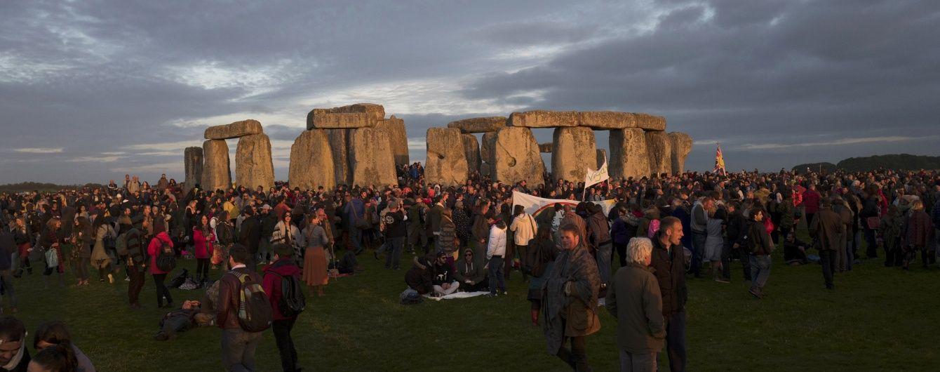 """""""Черновой вариант"""": в Великобритании исследователи обнаружили сооружение, похожее на Стоунхендж"""