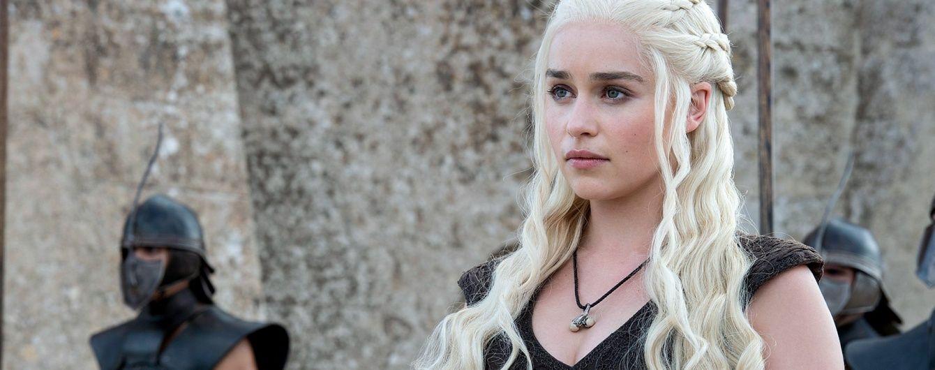 """До біса драконів. Відомий актор зібрав сотні тисяч переглядів нецензурним переказом """"Гри престолів"""""""