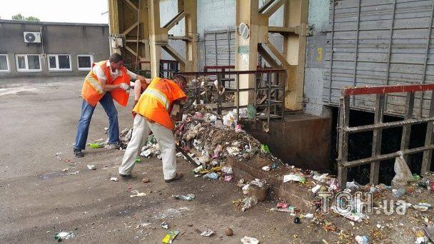 За перевезення львівського сміття до Києва платять до 10 тисяч грн за фуру