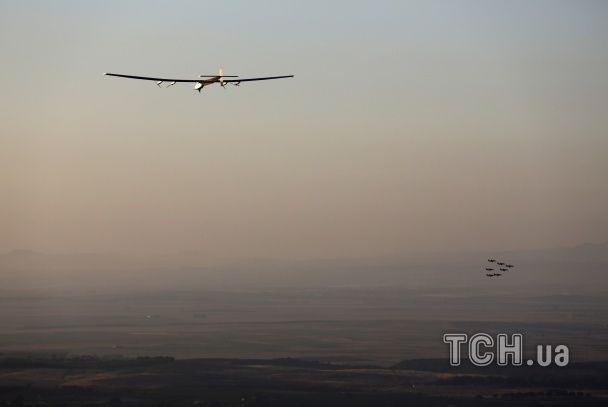 З висоти пташиного польоту: як літак на сонячних батареях Solar Impulse 2 перетнув Атлантику