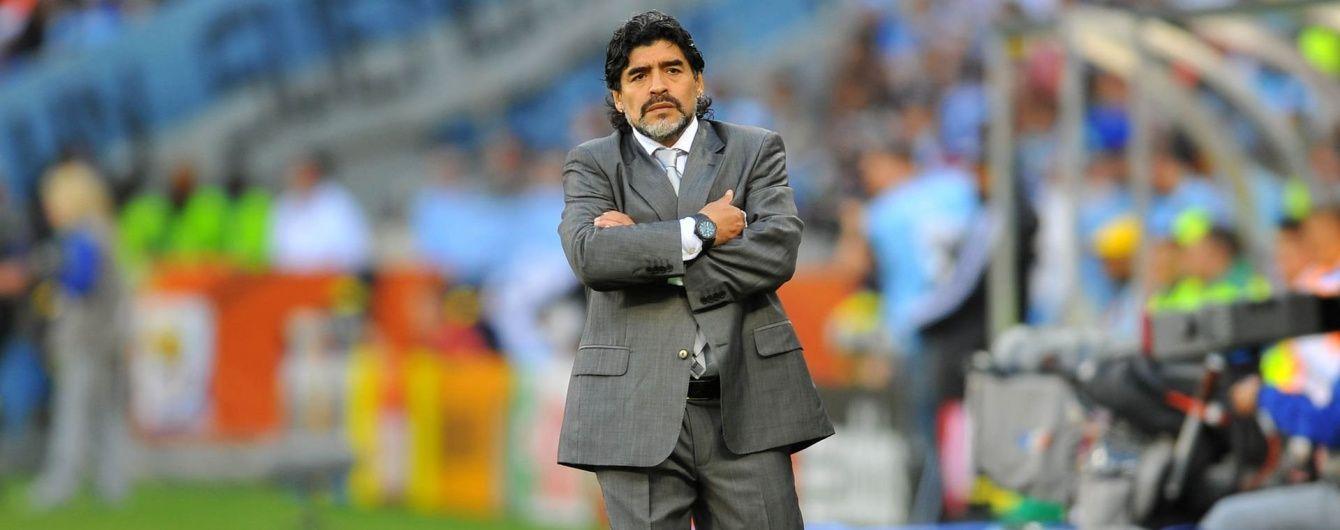 Марадона заявил, что не собирается платить налоги итальянцам