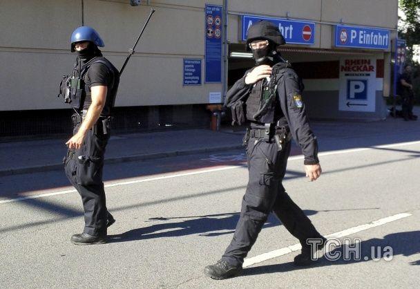 У німецькій поліції спростували інформацію про десятки постраждалих в кінотеатрі