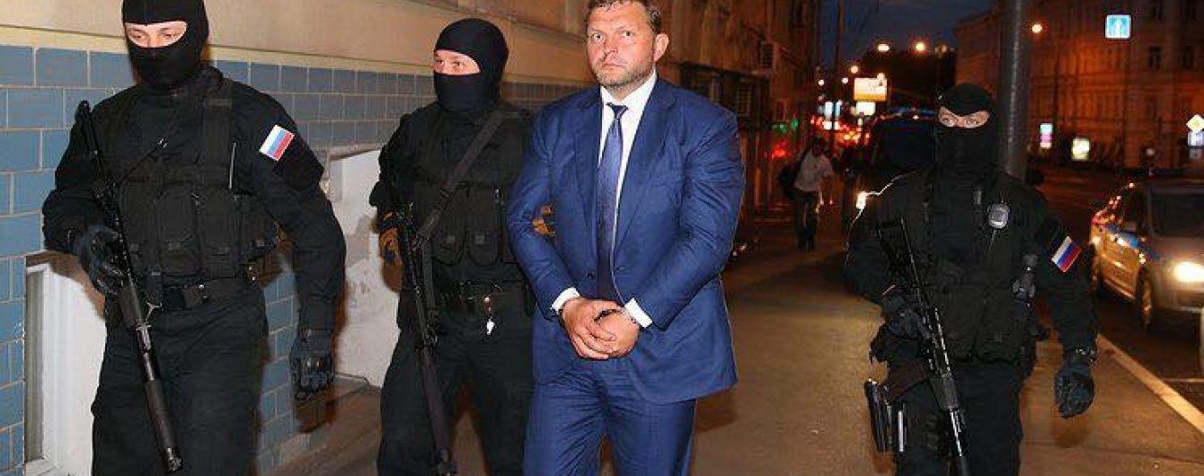 """Суд заарештував губернатора Кіровської області, який """"погорів"""" на хабарі в 400 тисяч євро"""