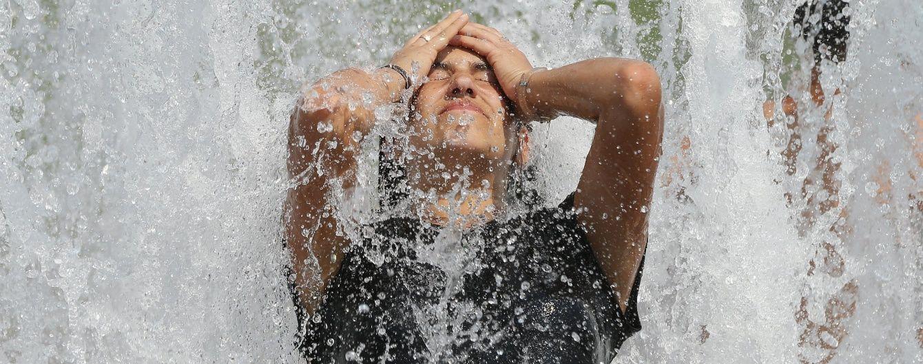 У неділю збережеться 32-градусна спека, а на Заході пройдуть дощі