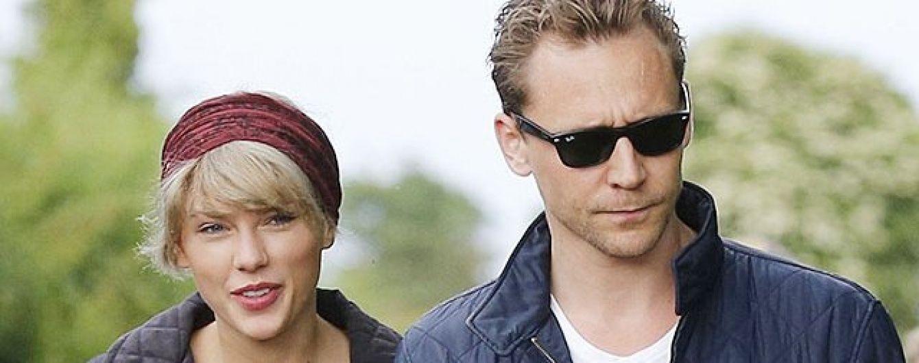 Все серйозно: Том Хіддлстон познайомив Тейлор Свіфт із мамою