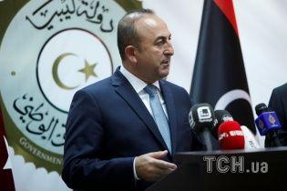 Тріщина в партнерстві. Туреччина схвалила удари коаліції по Сирії