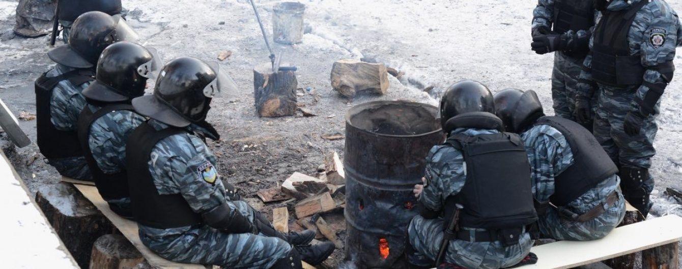 Перші чай і бутерброд Майдану: у Михайлівському монастирі згадали розгін студентів 30 листопада 2013 року