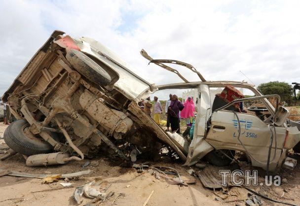 У Сомалі терористи помилково підірвали мікроавтобус, 18 осіб загинуло