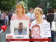 Матері полонених знову йдуть до посольств західних країн