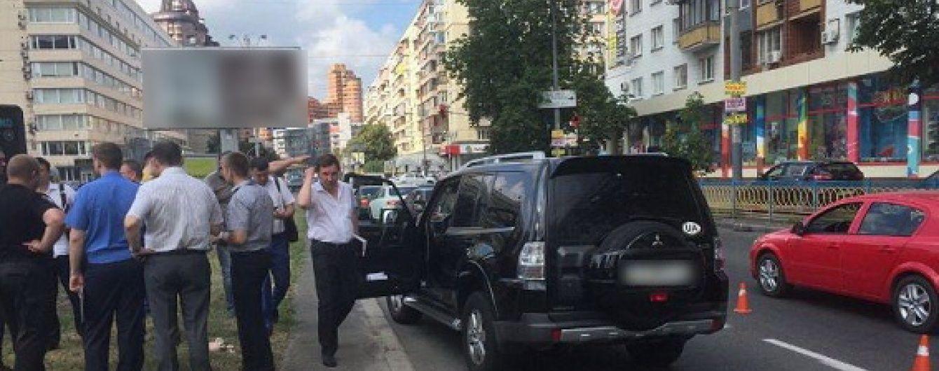Розстріл водія посеред Києва й новий податок на нерухомість. 5 головних новин дня