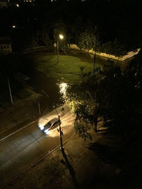 Злива у Харкові побила 10-річний рекорд і затопила вулиці